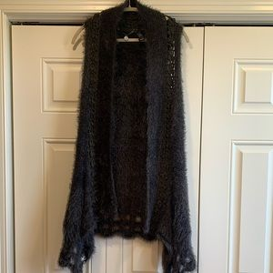 BKE Boutique Eyelash Knit Vest